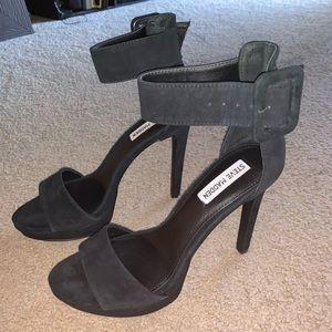 Steve Madden black circuit heels NEVER WORN